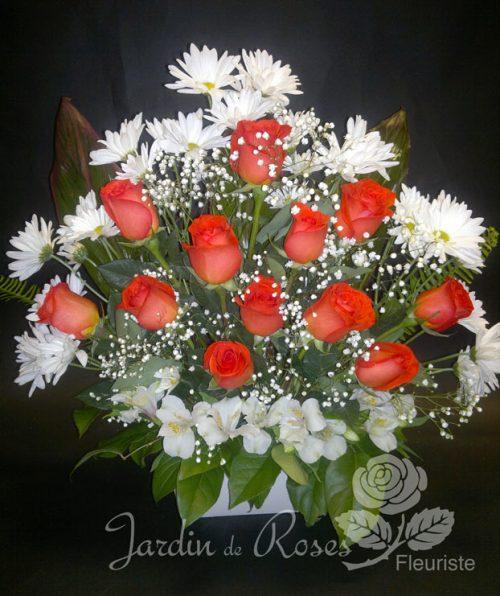 Roses, alstromerias et marguerites