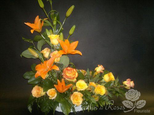 Lys roses et alstromerias